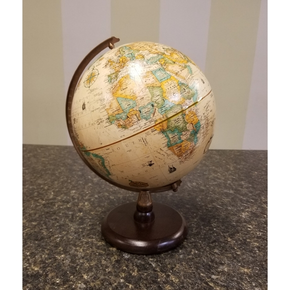 Vintage World Made in USA Wood Base